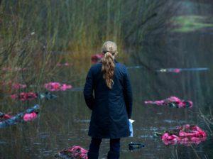 Sarah Linden u jezera